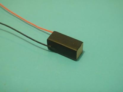 Picture of Stack Piezo Actuator 5x5x10mm 10um Displacement