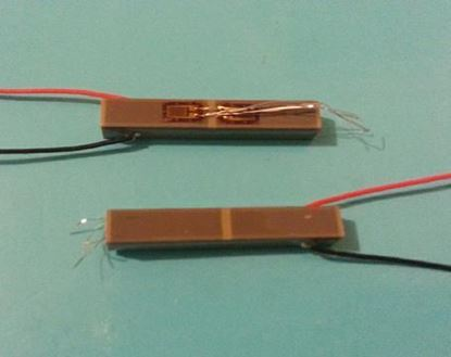 Picture of Stacked Piezo Actuator with strain gauge 5x5x36mm 40um Displacement